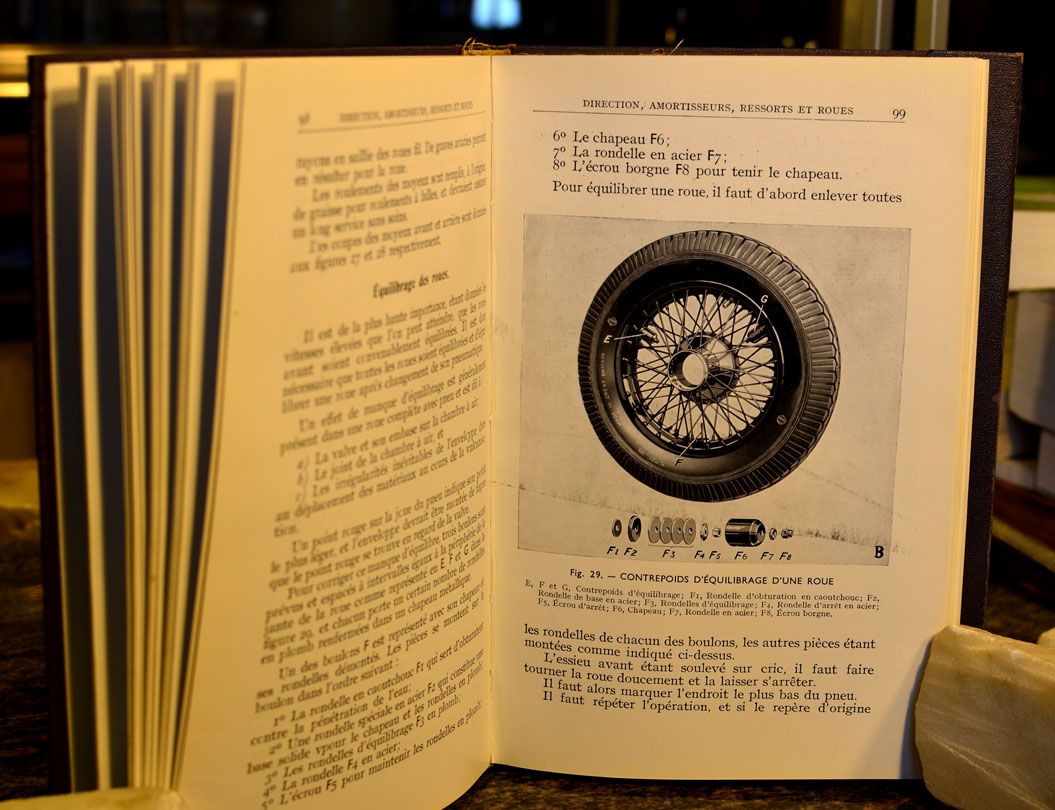 rolls royce owners manuals